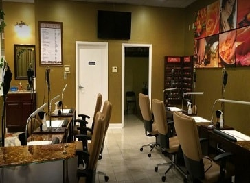 Elite Nails and Spa in Lafayette