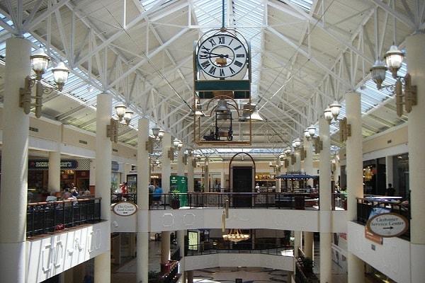 Shopping in Lafayette